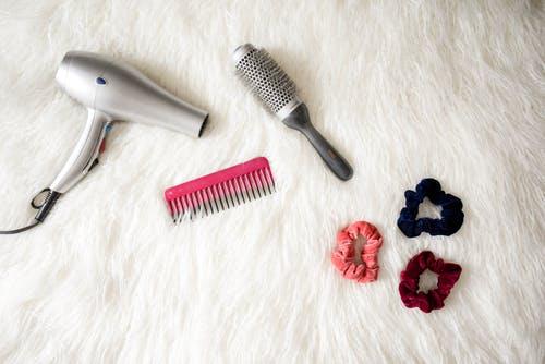 21 Simple Time Saving Hair Hacks For Ladies